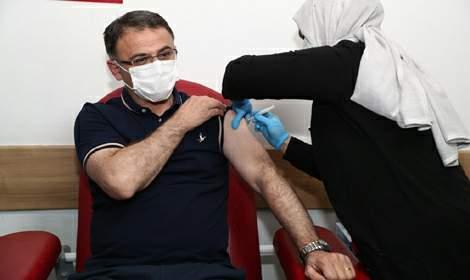 Vali Ozan Balcı'dan Vatandaşlara 'Aşı Olun' Çağrısı
