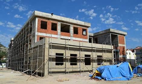 Kurumların bir arada olacağı inşaat hızla devam ediyor