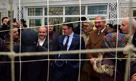 Vali Dr. Ozan Balcı, Mahalle Maçı Tokat 2019 final maçını izledi
