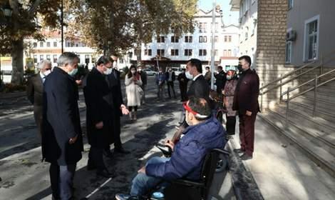 Sosyal Destek Hızır Tokat'tan 47 akülü 90 manuel tekerlekli sandalye